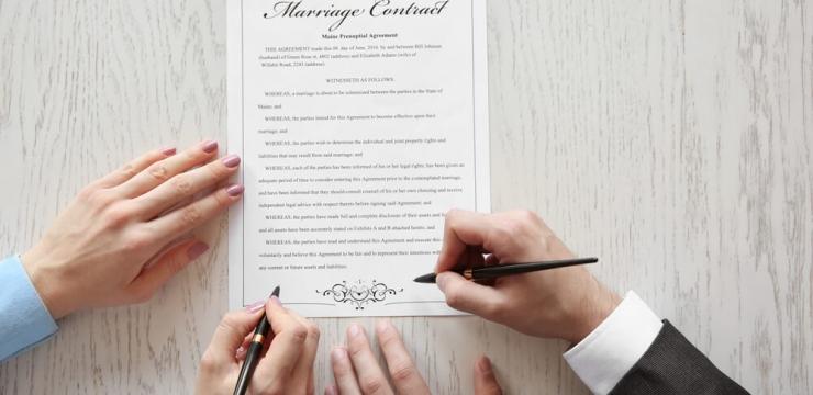 138137-4-cuidados-ao-fechar-contrato-com-fornecedores-de-casamento-740x360